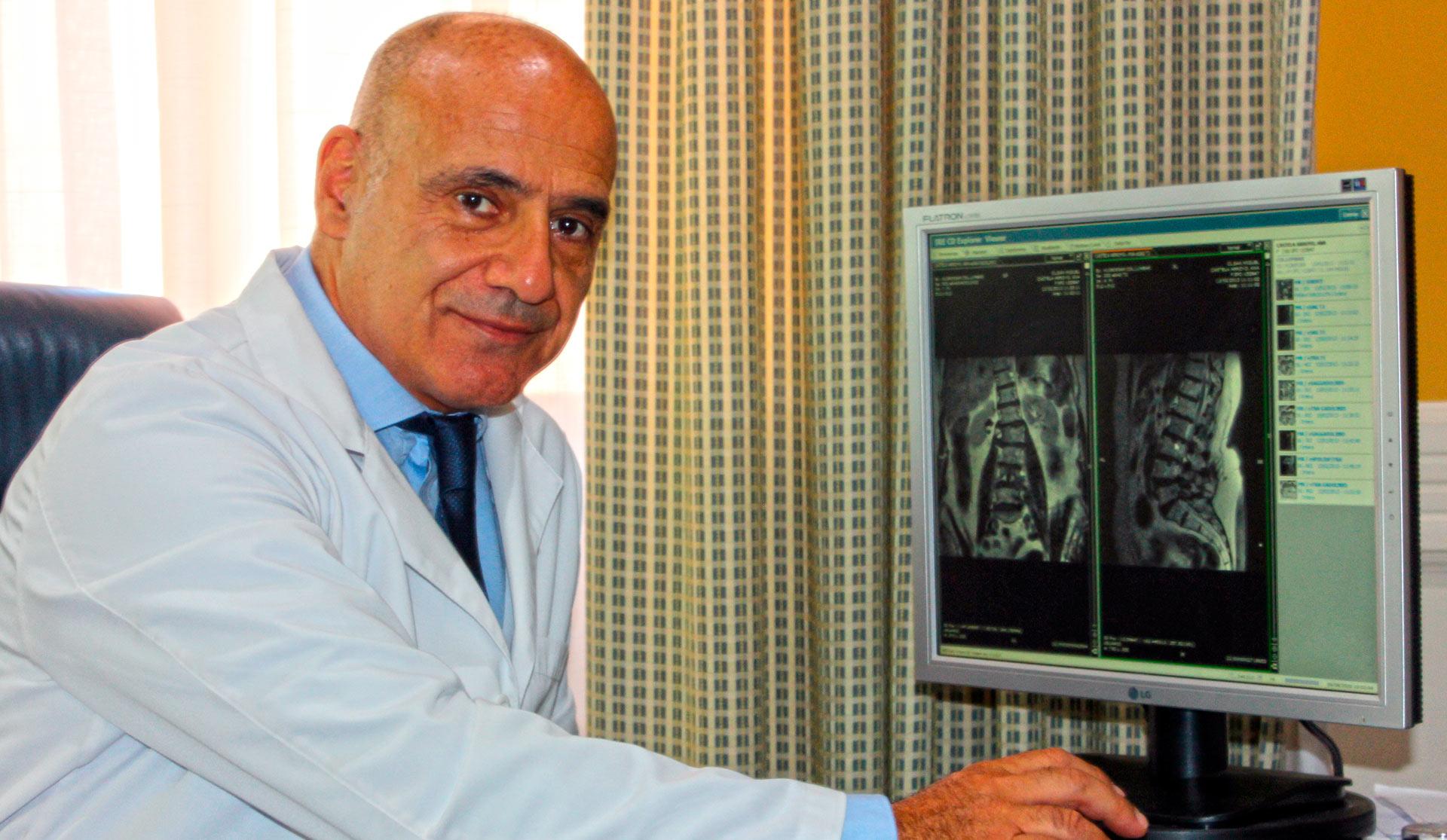 Dr. Ángel Vega Curiel